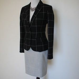 EXPRESS Size 4 Suit - Skirt & Blazer Black Gray